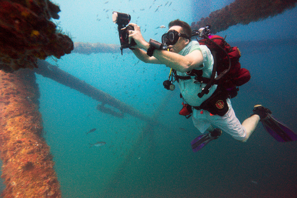 Texas Rig Diving Trip - Underwater Photography - Darin Photographing